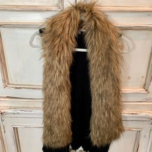 BB Dakota Black Vest with Faux Brown Fur